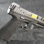 Custom VP9 Handgun 01