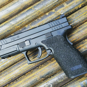 Springfield Armory XD9 with Rice Stippling