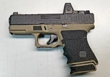 Glock with Rice Stippling
